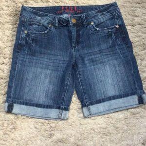 NWOT Elle Denim Jean shorts
